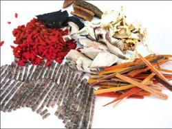tác dụng của thuốc đông y trong điều trị sùi mào gà